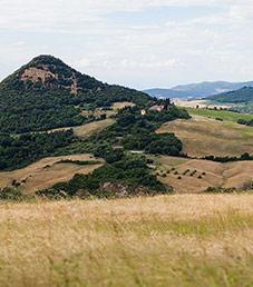 viini_0714_toscana_agriturismi_sami_piskonen_maisema_artikkelikuva