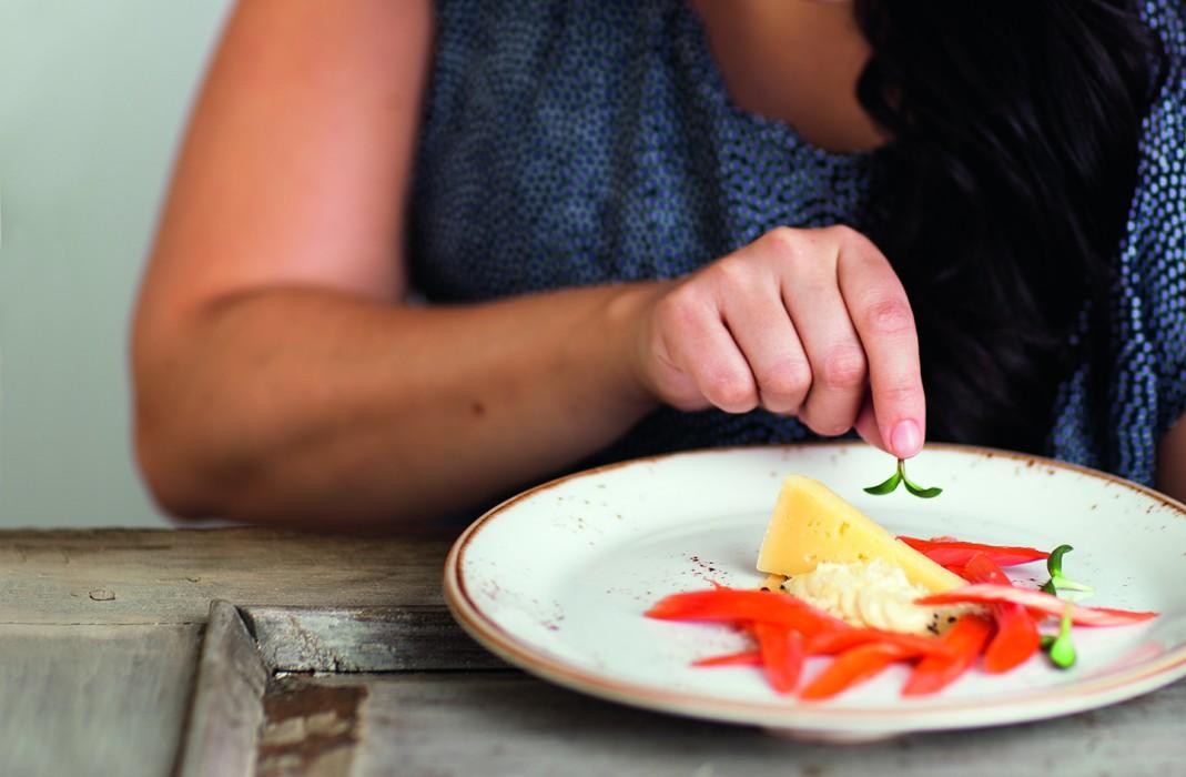 Vesimelonisalaatti queso frescolla