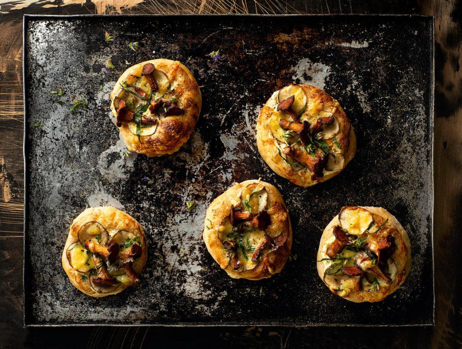 Maa-artisokka-sienipizzat