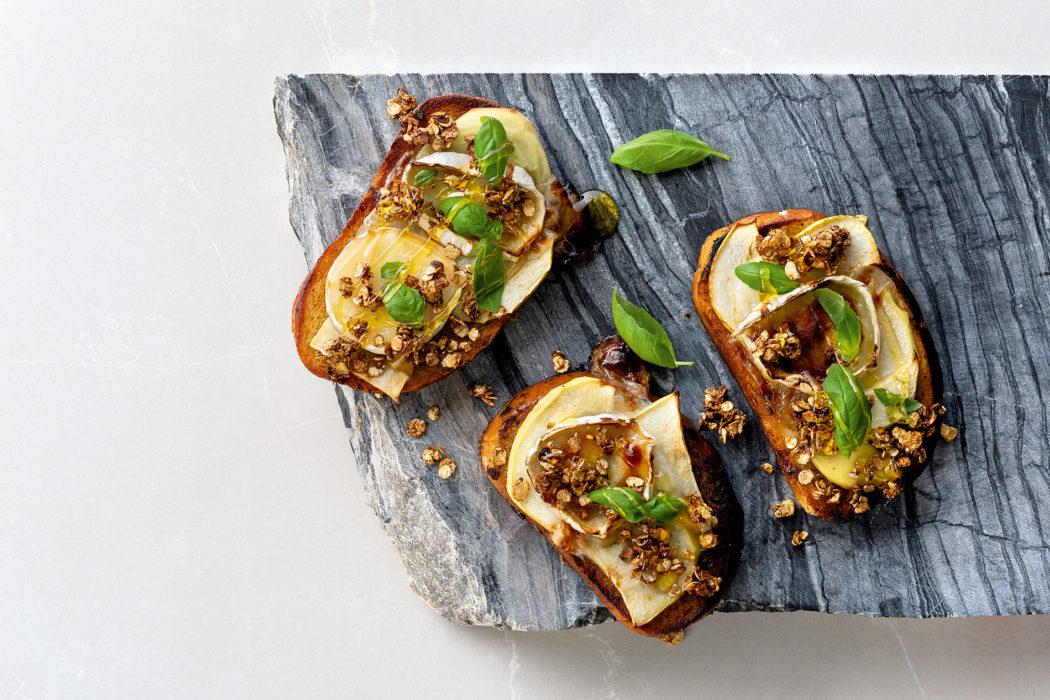 Vuohenjuusto-omenapullat