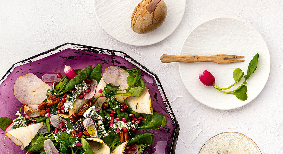 Pinaatti-gorgonzolasalaatti