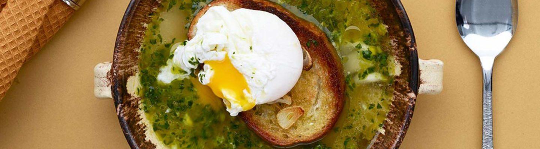 Portugalilainen leipäkeitto on edullista ja maukasta