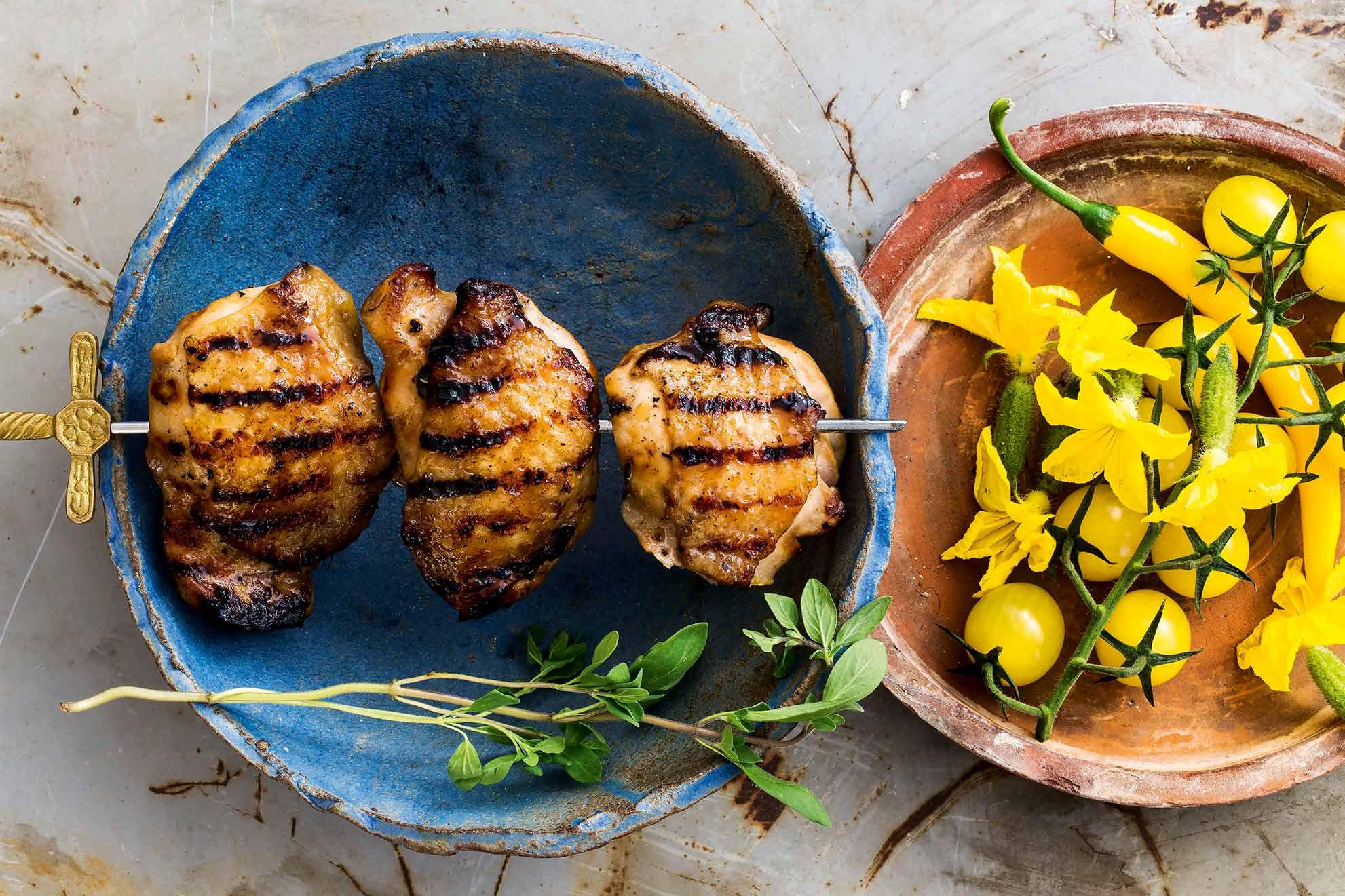Kananpojan paistileike grillissä